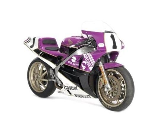 Parigi, all'asta la collezione Garelli Grand Prix e la Honda RC30 di Fred Merkel