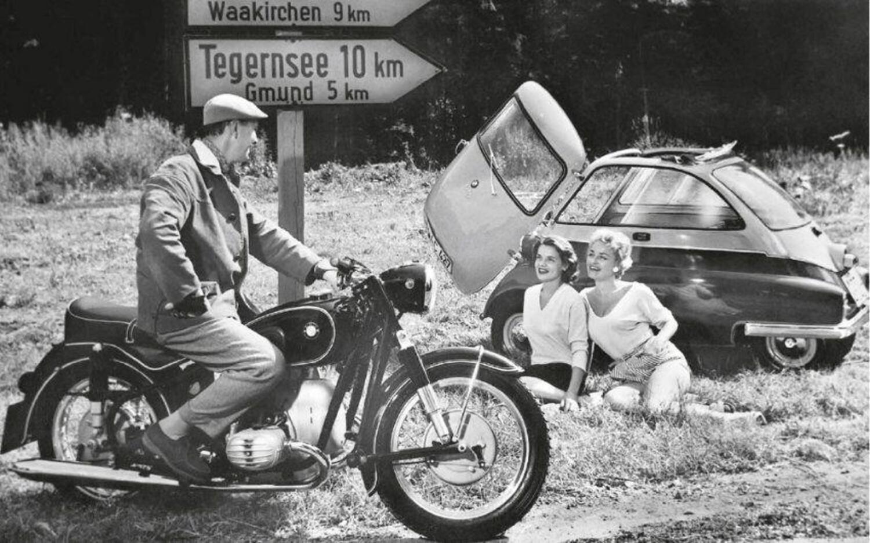 BMW, ISO e una curiosa storia di moto e auto
