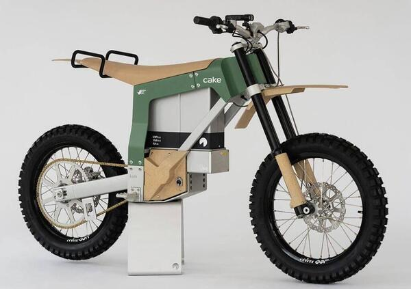 Cake Kalk AP. La moto elettrica per lantibracconaggioin Africa