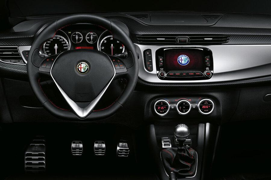 Alfa Romeo Giulietta (4)
