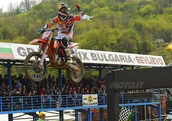 Motocross, GP di Bulgaria. Cairoli vince Gara 2, GP a Paulin. Doppietta di Herlings nella MX2