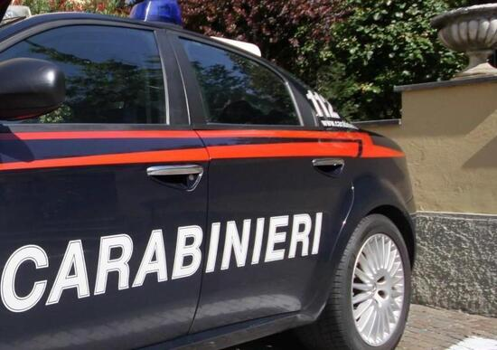Benevento: the Carabinieri found him lying on the ground next to his motorcycle: he was under the influence of cocaine