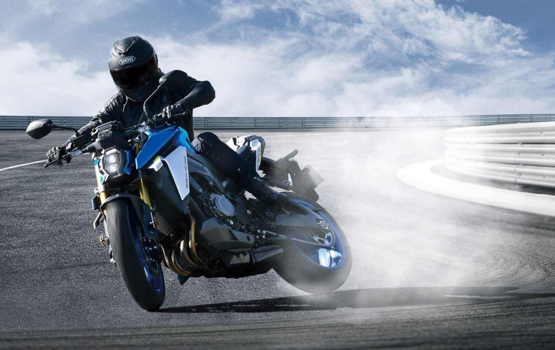 Nuova Suzuki GSX-S 1000 2021: tutto un altro stile. Dati e prezzo