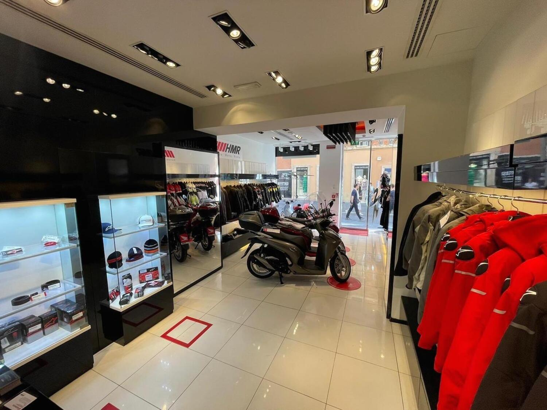 SH Shop: Honda nel salotto buono di Roma