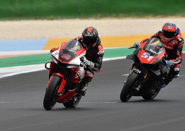 Jorge Lorenzo e Michele Pirro in pista a Misano