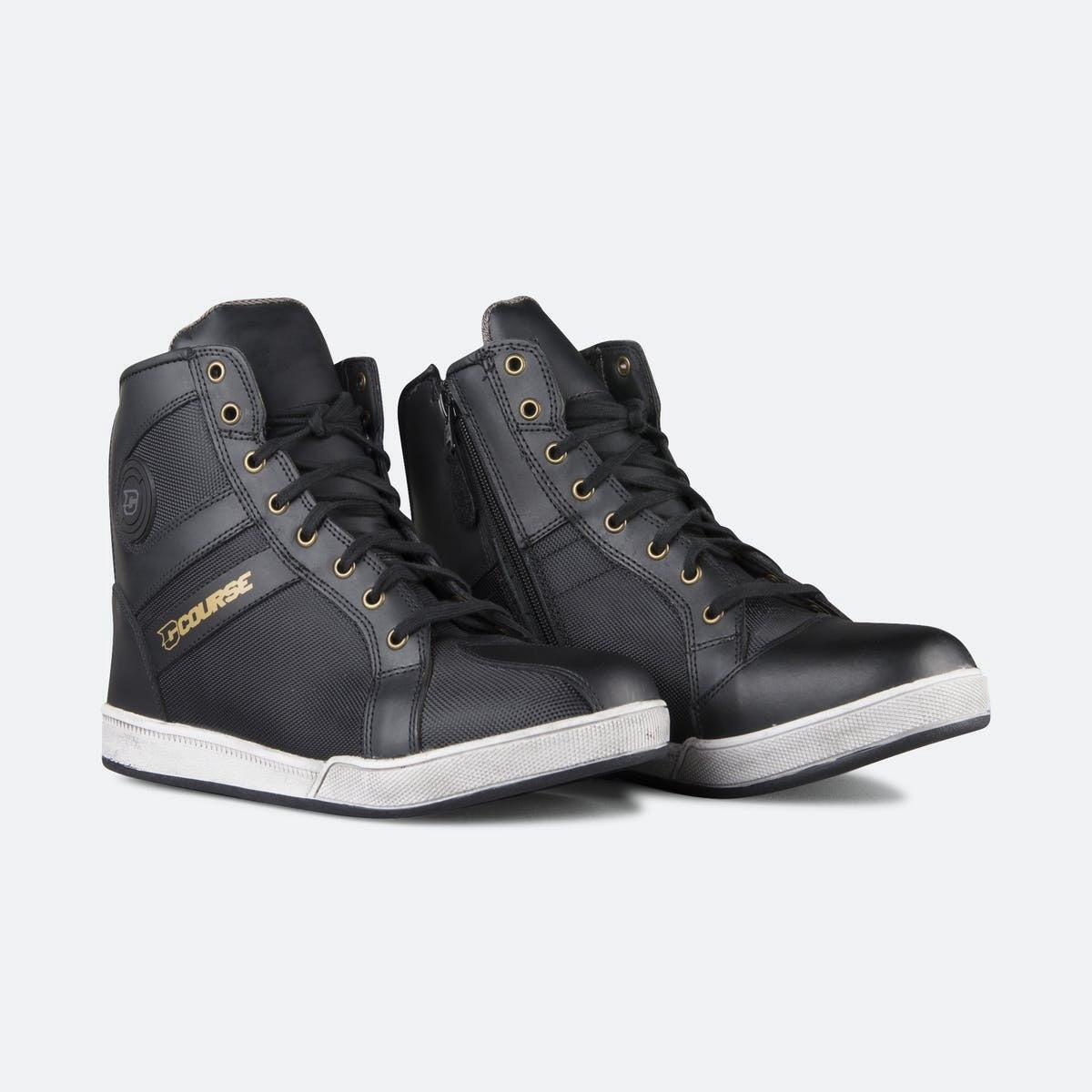 New Course Phantom, casual shoe for motorcycles or scooters
