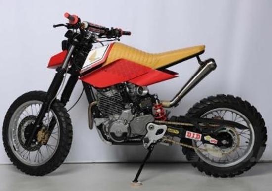Moto.it e OJ Design Contest: la Honda Bouzin esposta al nostro stand