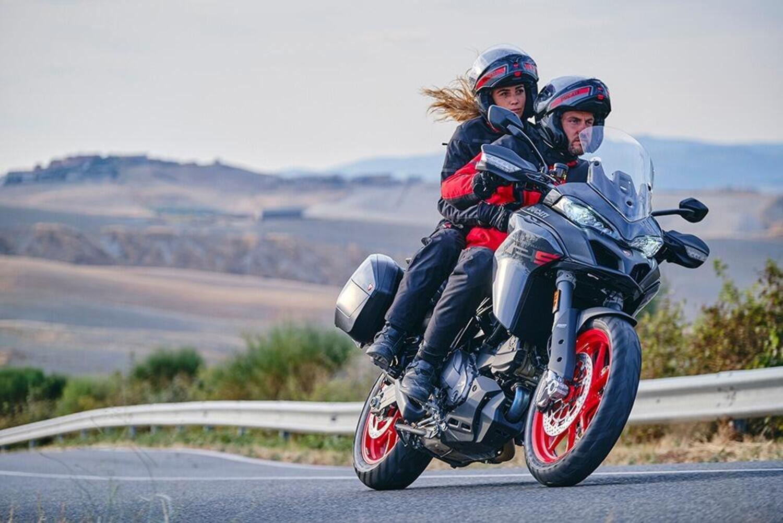 Ducati Multistrada V2 e V2S m.y. 2022. Cambia nome e si migliora così