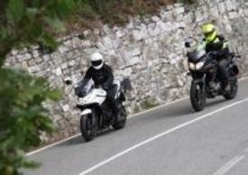 Le Suzuki V-Strom e Bandit S in città