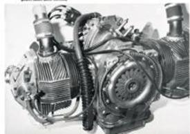 Motore monoalbero da competizione per auto. 700 cc, condotti verticali, anno 1962
