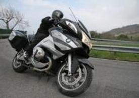 Moto dall'ergonomia assolutamente inappuntabile, per chi guida come per chi si accomoda dietro