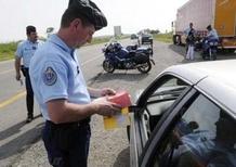 Vacanze in Europa: le norme più strane da sapere per viaggiare in moto e in auto