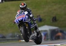 MotoGP. Lorenzo in testa nel warm up a Brno