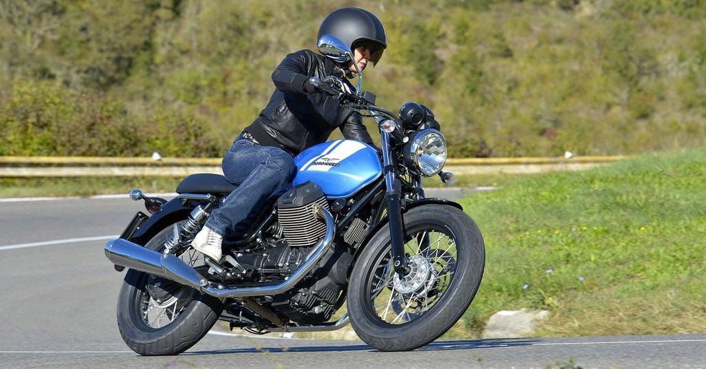 Moto  Guzzi V7 II Stone, Special e Racer