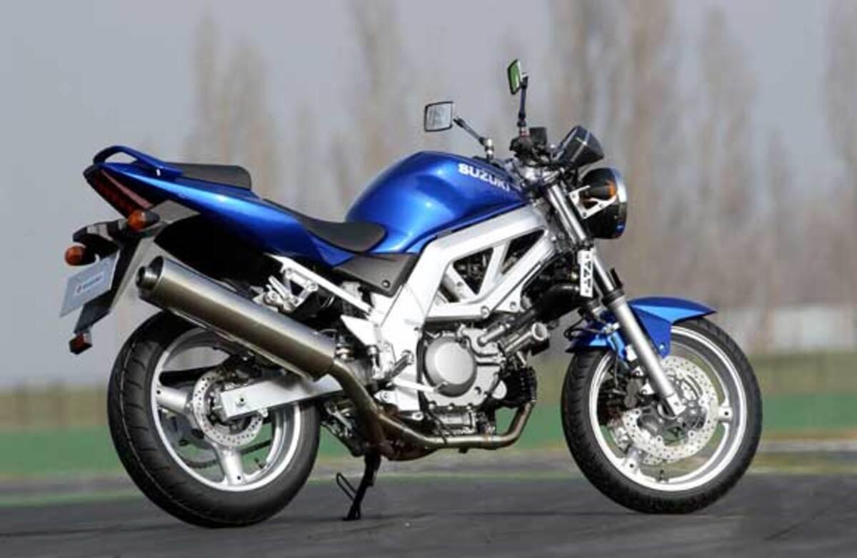 Suzuki SV 650 S (2003 - 06), prezzo e scheda tecnica - Moto.it