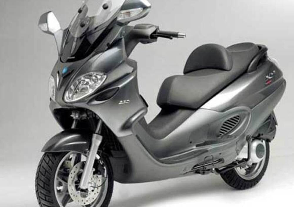 piaggio x9 250 evolution, prezzo e scheda tecnica - moto.it