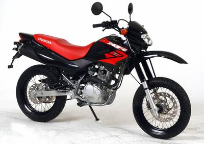 Honda Xr 125 Sm Dall Ara Prezzo E Scheda Tecnica Moto It