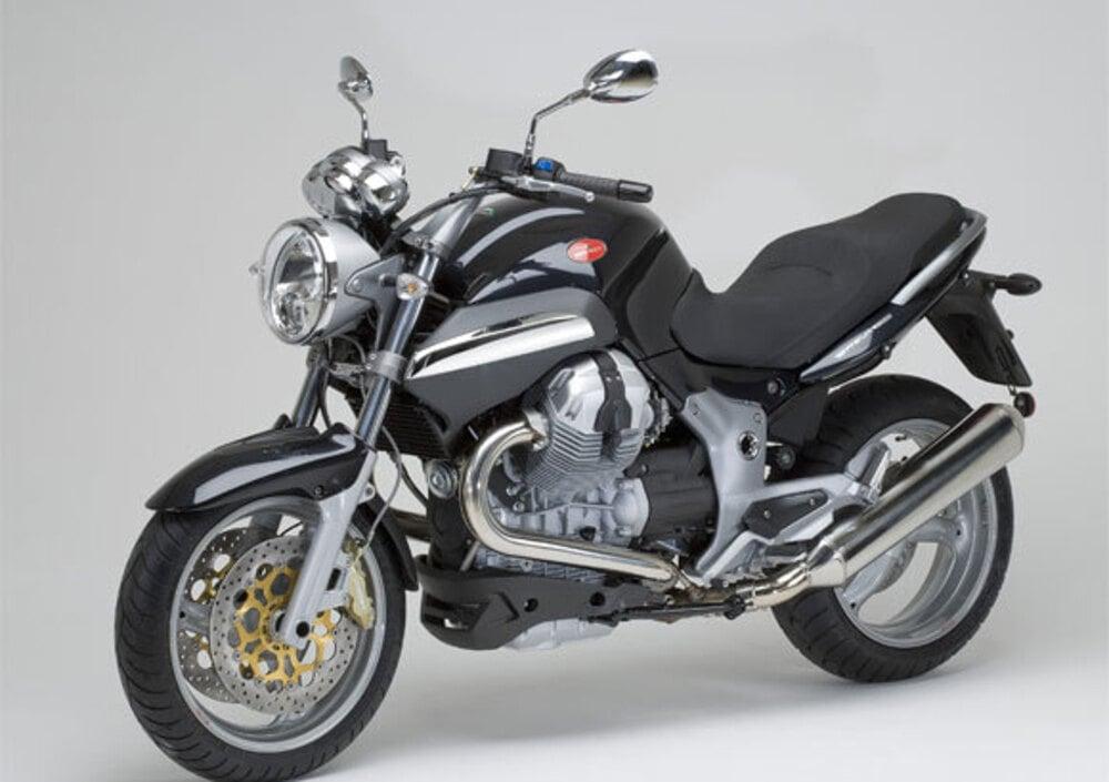 moto guzzi breva 1200, prezzo e scheda tecnica - moto.it