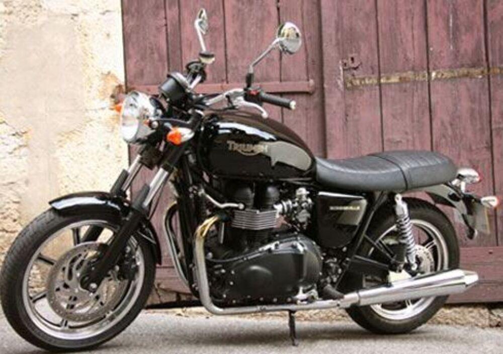 Triumph Bonneville (2009 - 16)