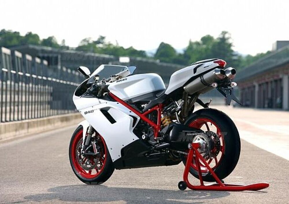Ducati 848 EVO (2010 - 12) (3)