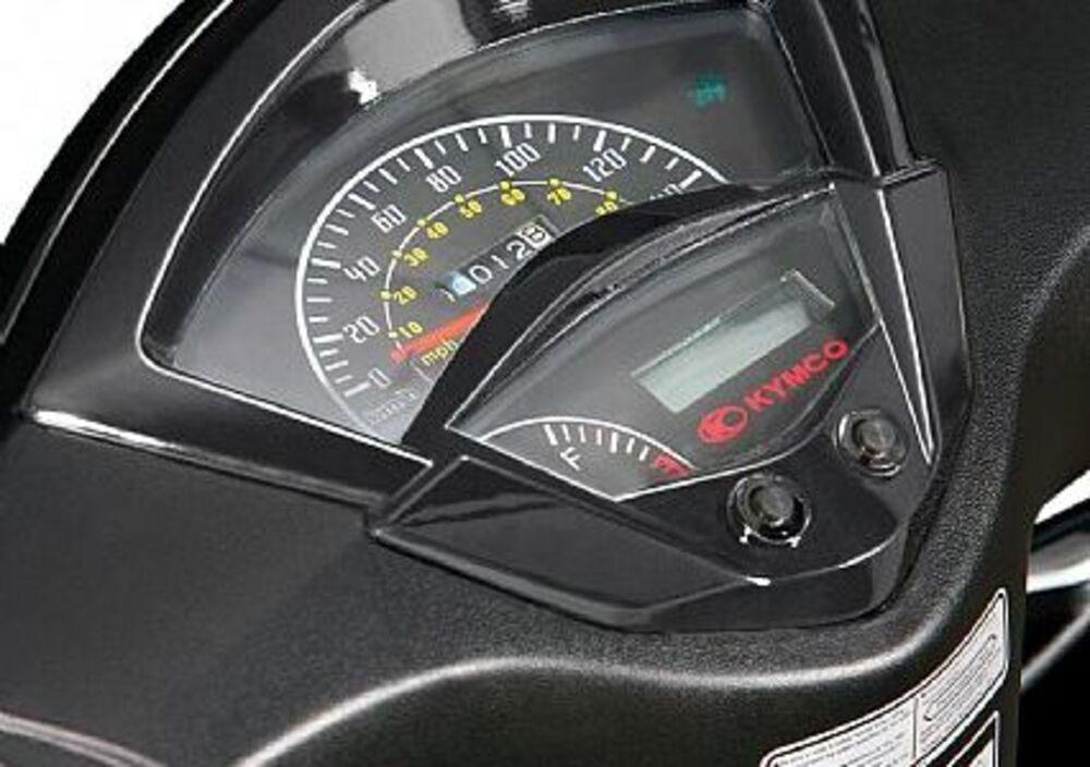 Kymco Agility 125 RS (2007 - 14) (5)