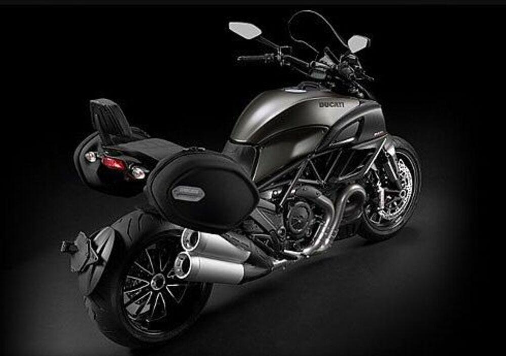 Ducati Diavel Strada (2010 - 14) (5)
