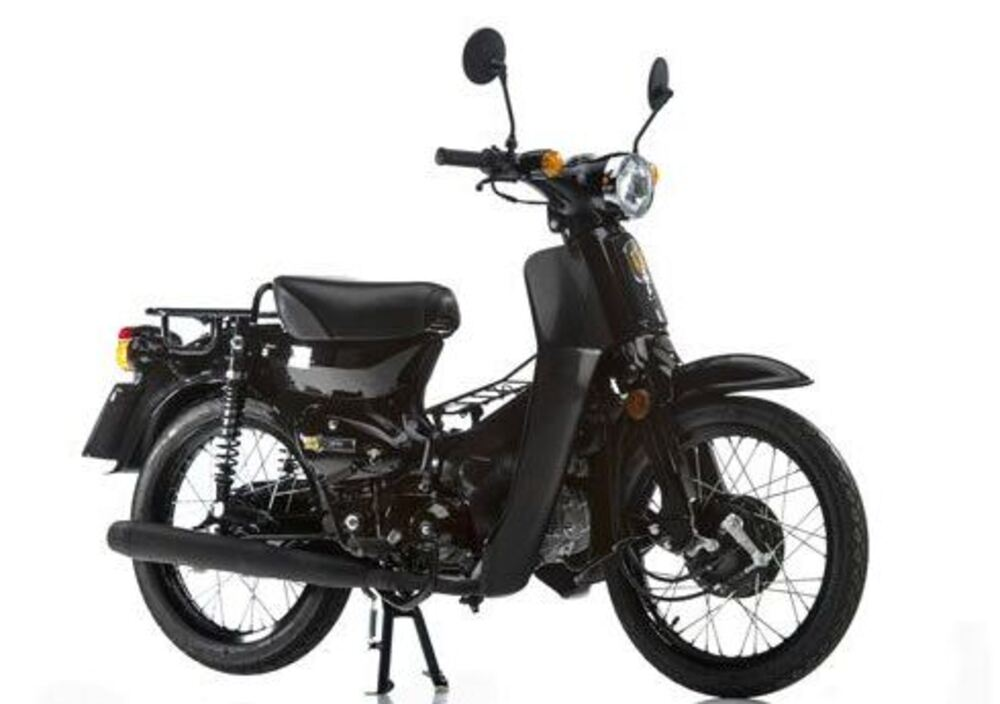 Super Motor Company Pin 120 (3)