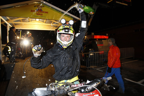 Ljunggren esulta dopo la vittoria
