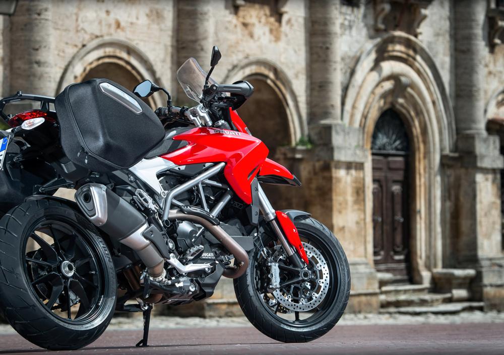Ducati Hyperstrada 821 (2013 - 15) (5)