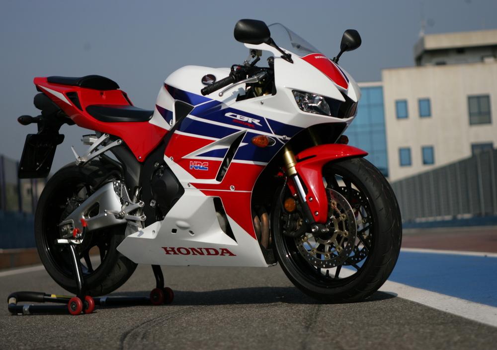 Honda Cbr 600 Rr Abs 2012 16 Prezzo E Scheda Tecnica Motoit