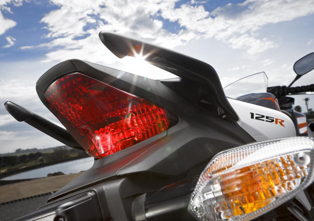 Honda CBR 125 R (2007 - 17) (5)