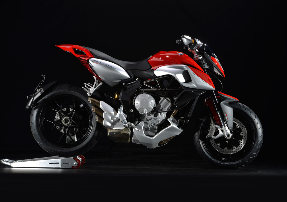 Ride Review: MV Agusta Rivale 800 - Asphalt & Rubber
