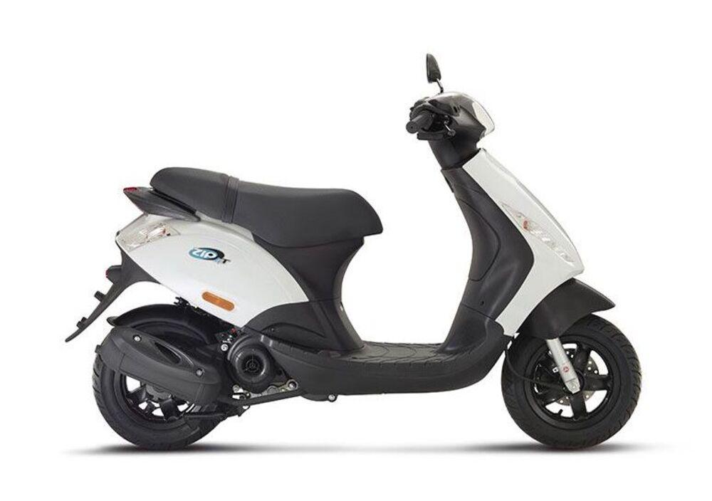 Piaggio Zip 50 4T (2000 - 17) (2)