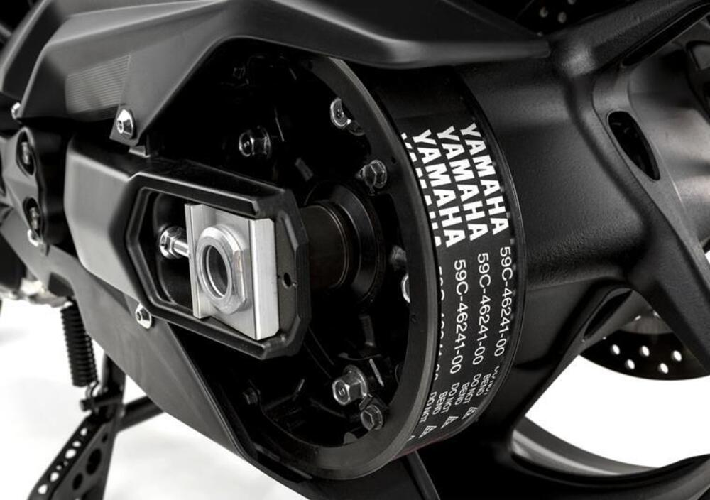 Yamaha T-Max 530 (2015 - 16) (5)