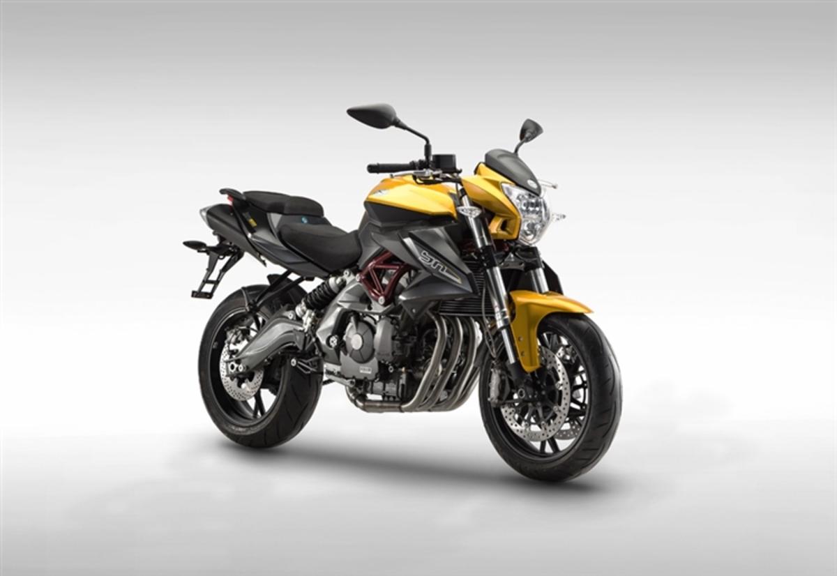 Benelli BN 600 R 2015 - Fiche moto - MOTOPLANETE