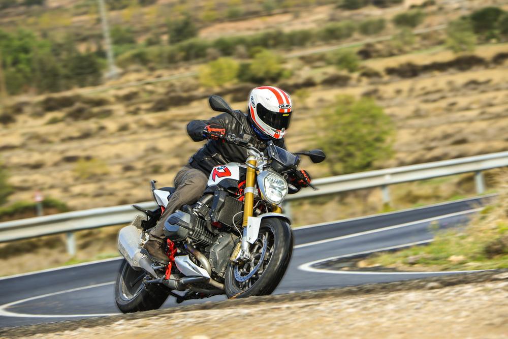 Prova BMW R1200R 2015 - Prove - Moto.it