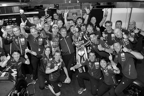 MotoGP 2015, Le Mans. Le foto più spettacolari del GP di Francia (8)