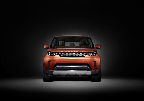 Nuova Land Rover Discovery 2017: ecco le prime immagini (2)