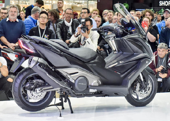 kymco ak 550, ecco il nuovo maxi scooter - intermot colonia - moto.it