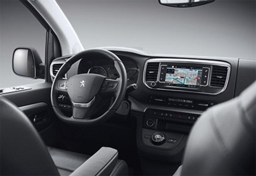 Peugeot Traveller (5)