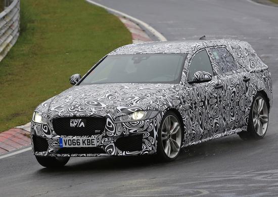 Nuova Jaguar XF Sportbrake: le foto spia al Ring