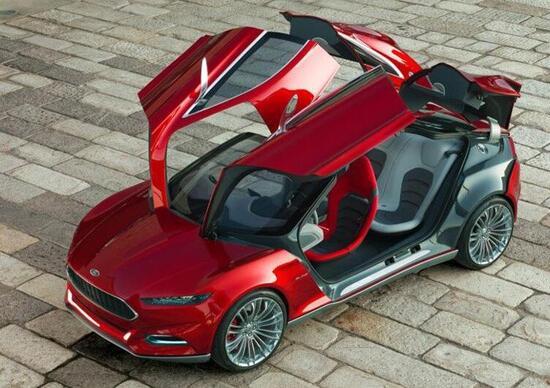Ford Evos Concept: più forma, meno linee