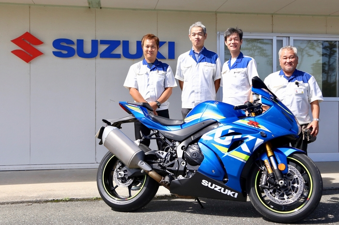 Il team di sviluppo della Suzuki GSX-R1000