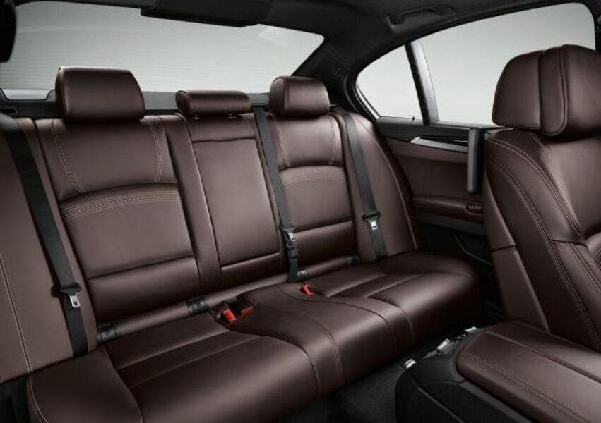 BMW Serie 5 (2009->>) (5)