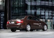 Mercedes-Benz E300 BlueTEC HYBRID ed E400 Hybrid
