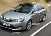 Toyota Avensis restyling 2012