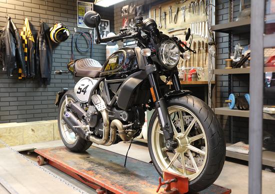 Ducati Scrambler Café racer ad EICMA 2016: foto e dati
