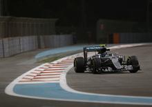 F1, Gp Abu Dhabi 2016: Hamilton vince, ma non basta. Rosberg è campione del mondo