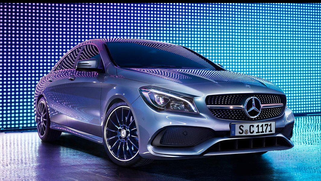 Mercedes-Benz CLA 220 d Automatic Premium Dark Night