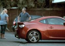 Mi compro la Toyota GT86, ma chi lo spiega a mia moglie? - Video